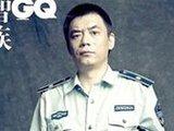 武汉城管员登上顶级男性时尚杂志