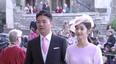 刘强东夫妇现身英国王室婚礼被疑蹭红毯,王室回应:不评论