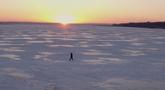 第19期:松原 冰湖腾鱼