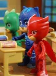 睡衣小英雄玩具故事