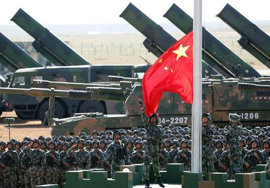 印媒称中国用阅兵威胁印度 中巴网友:自作多情