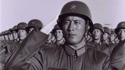 最年轻的受阅副军长:参加81年阅兵是我人生之幸