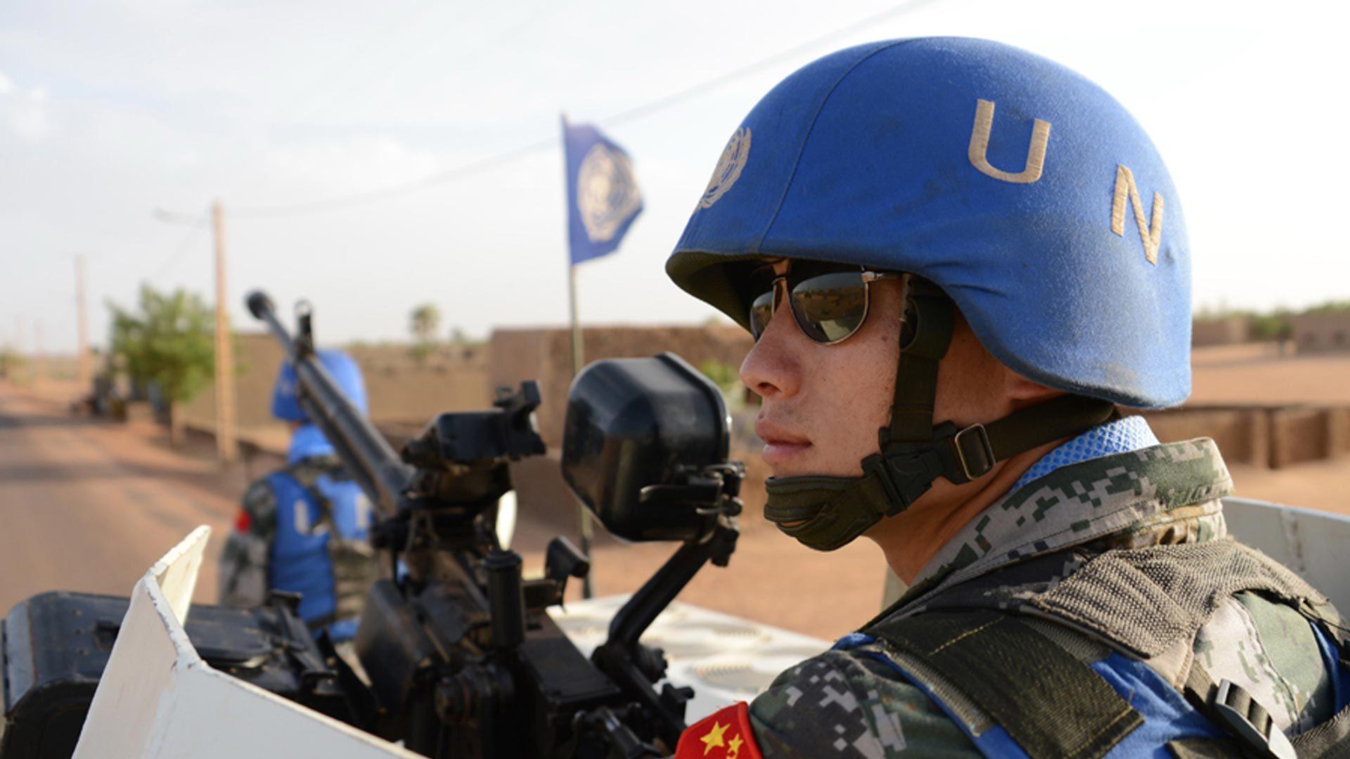 军旗飘扬90载 走进中国赴南苏丹维和工程兵部队