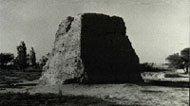 新疆呼图壁县境内的烽火台