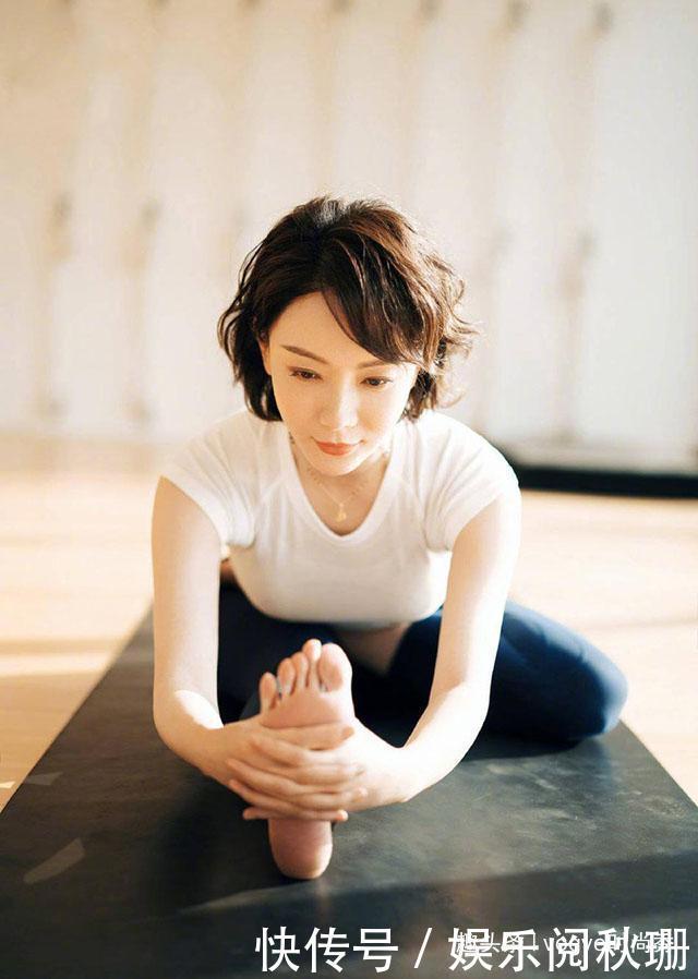 42岁陈数视频那么优雅,素雅长裙显还是,网友瑜m3江准身段图片