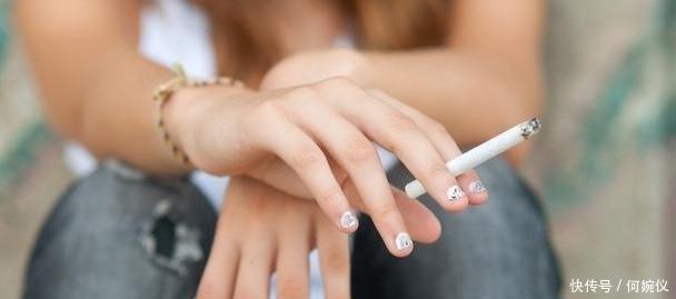 """医生提醒:长期吸烟""""肺部变黑"""",如何排出这些因吸烟产生的肺毒"""