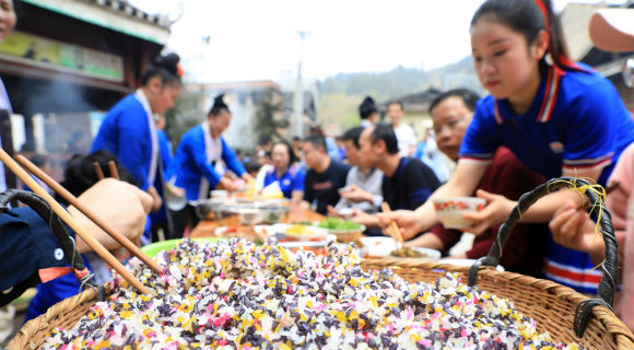 """贵州黎平:侗寨欢度""""春社节"""""""