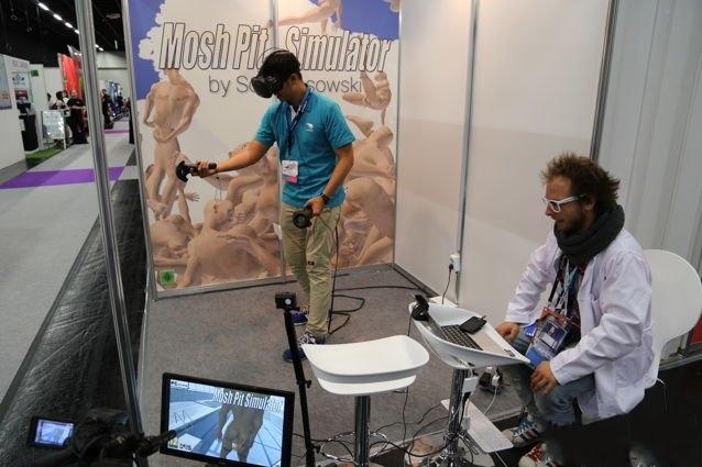 VR游戏《肉体碰撞模拟器》展出