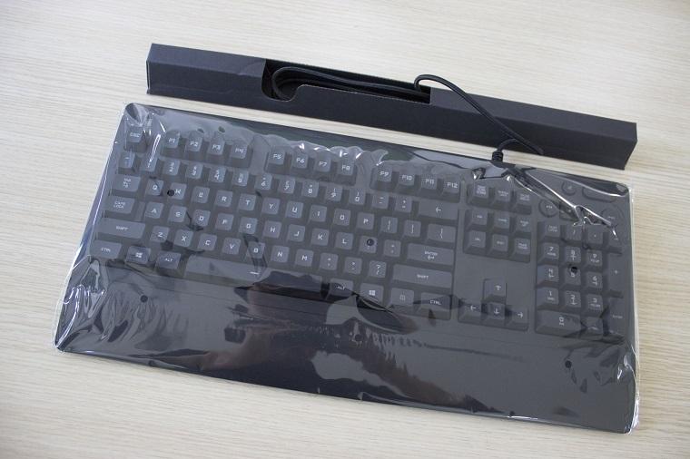 G213 RGB游戏键盘体验评测
