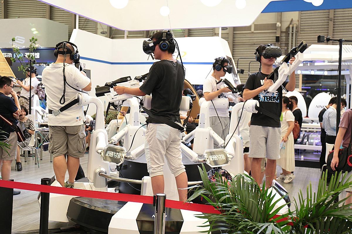 CJ会场VR设备受欢迎