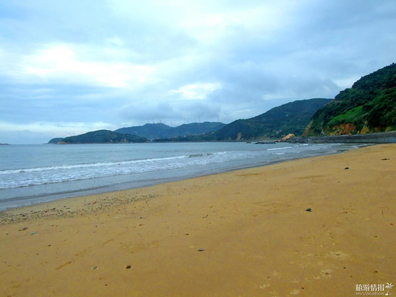 """衢山岛有盐田3平方千米,为""""岱盐""""主要产地之一,观光旅客在岛中部沿海"""