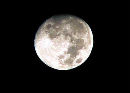 有关描写月亮的诗句
