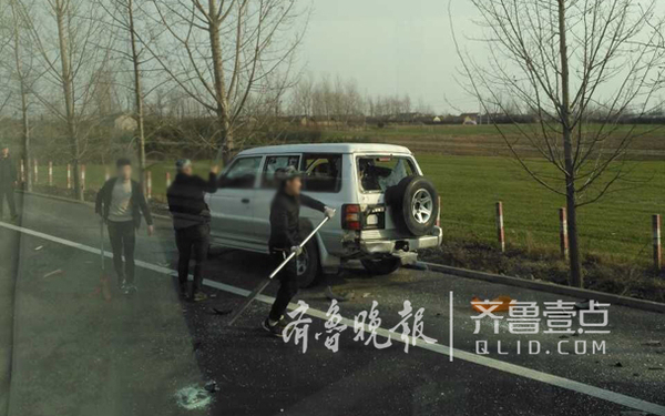 【转】北京时间       临沂高速多人持刀砸车 7车受损1人受伤 - 妙康居士 - 妙康居士~晴樵雪读的博客
