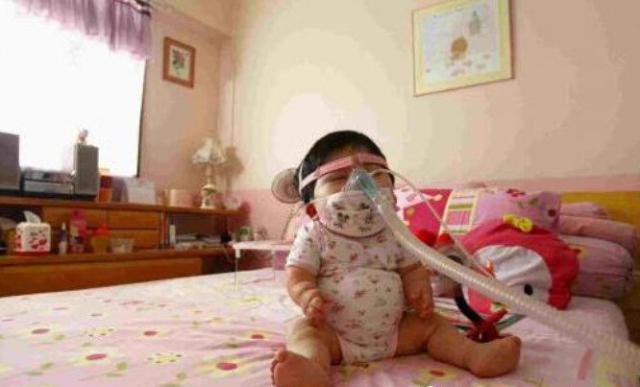 """17岁少女被困在""""婴儿身体"""",父母看到后惊呆了! -  - 真光 的博客"""