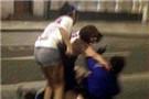女留学生巴黎遭群殴