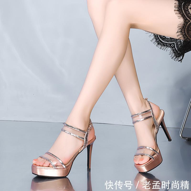 再见了小跑鞋, 这些高跟鞋太吸引人了! 时尚优雅显个高, 先穿为快