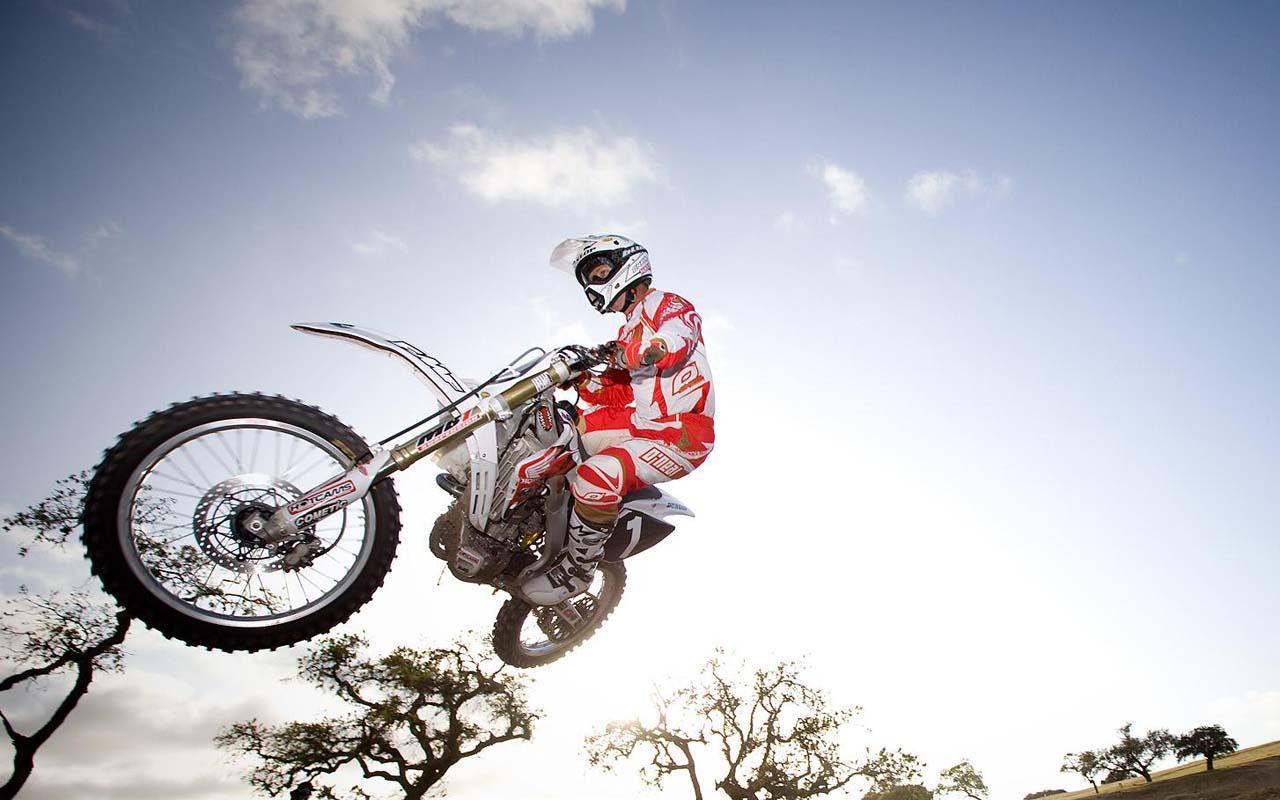 终极摩托车越野赛 - 野外狂飙
