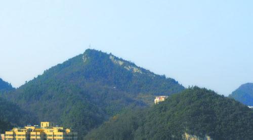 鹤山市跨境亮山