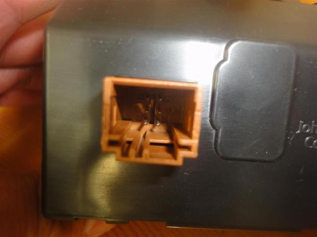 新爱丽舍高配cd如何接线家用(标志301通用)