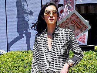 来看大表姐刘雯的时尚早春穿搭,这10套哪一套最赢得你心?