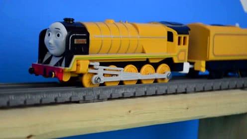 托马斯和朋友世界最强的引擎562玩具火车