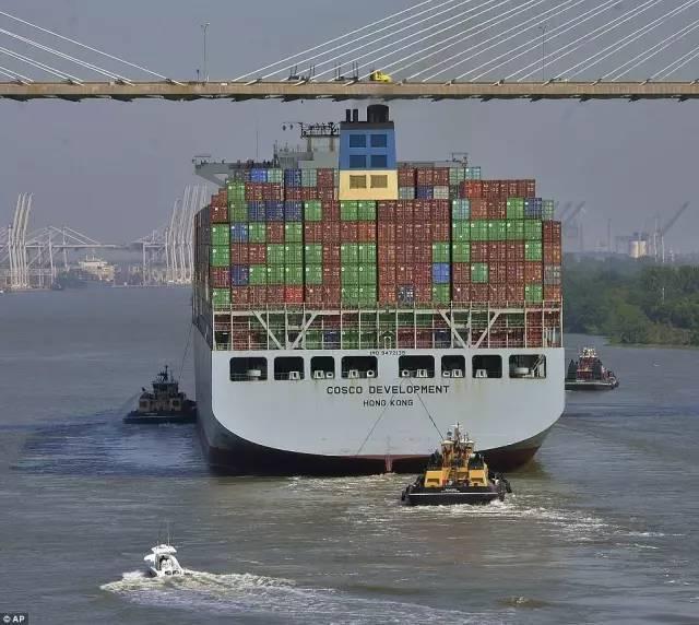 """一艘中国货轮抵达美国:引众人""""强势围观"""" - 一统江山 - 一统江山的博客"""