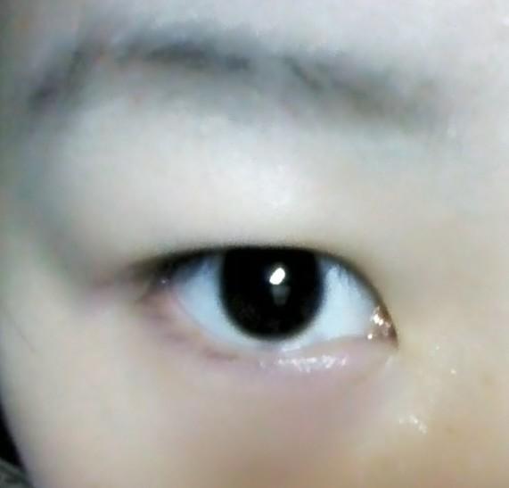 新手画眼线的技巧图解