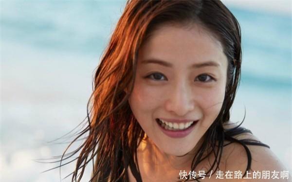 4大世界美女上榜:中国韩国各一人排名,印度仅把视频痒痒挠美女图片