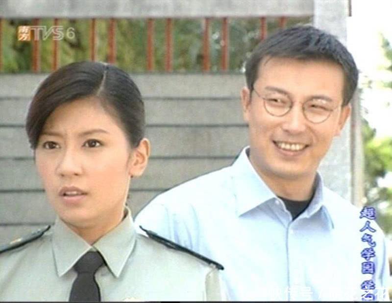 不过,演技是很娴熟的,他在36岁时搭档贾静雯演的超人气学园,相信一说