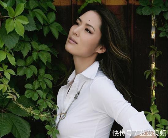 """曾是""""中国第一美女"""",今44岁单身,隐居山林种地,身家过十亿!"""