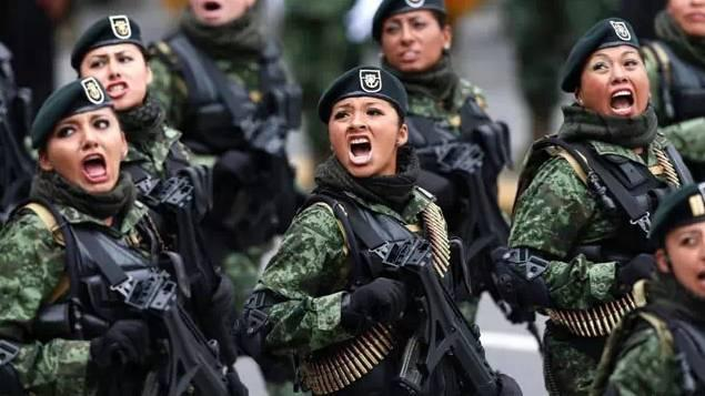 我是一个兵 笛谱-古巴的女兵训练起来让人觉得谨慎抖擞,充满凌厉的味道.   巴西的女