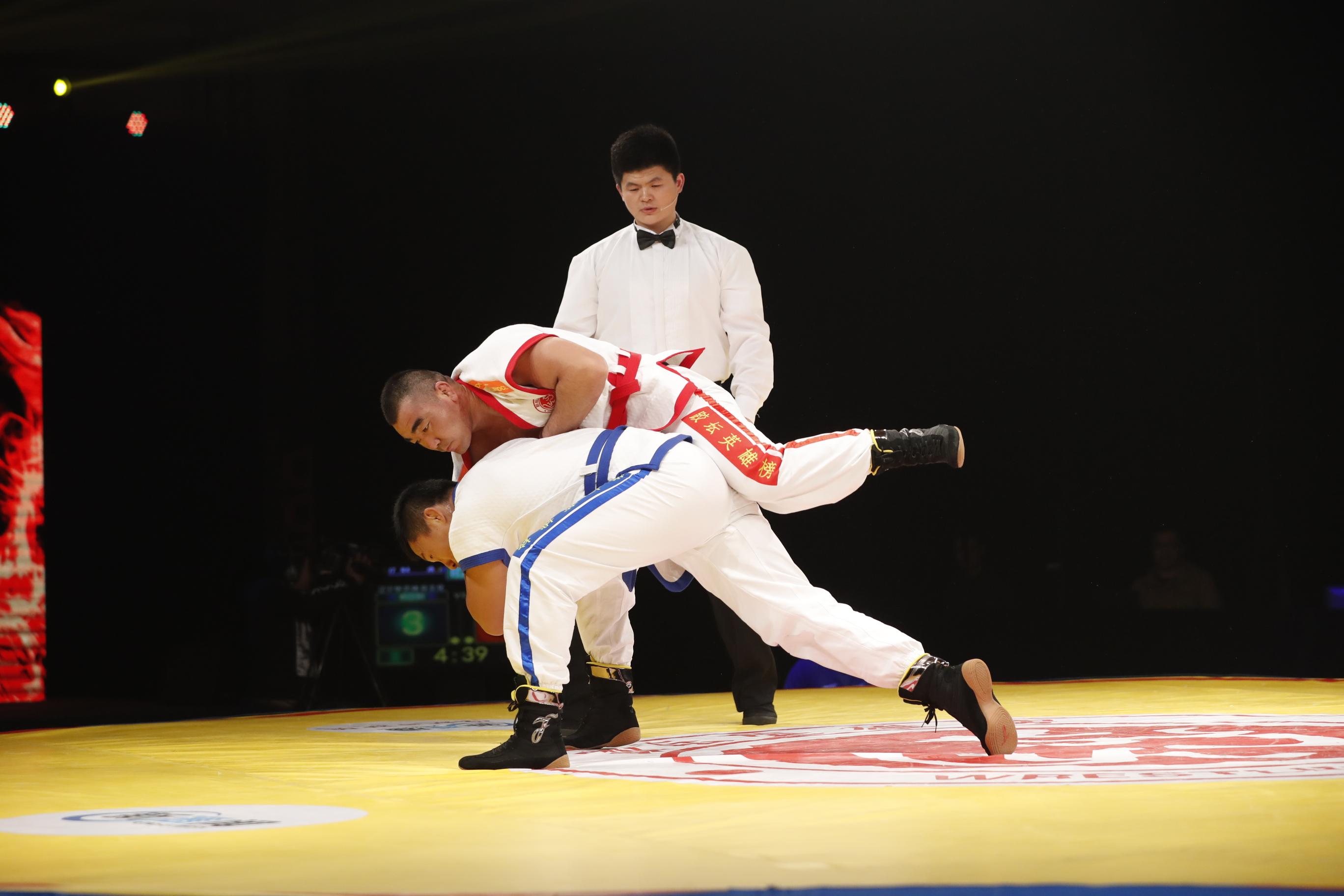 《跤坛英雄榜》男子超重量级90kg比赛