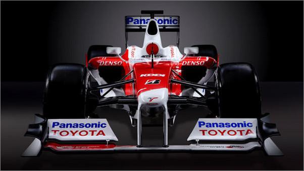 车型:丰田tf109 底盘结构:碳纤维蜂窝复合结构 油箱:atl安全油箱