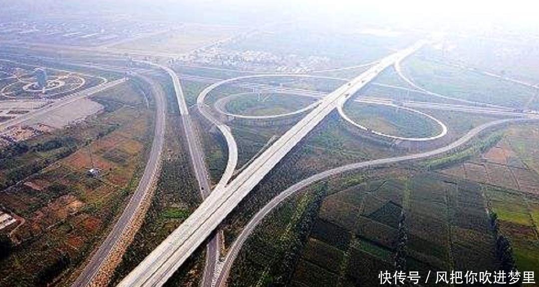 云南的高速公路桥,修建5年斥资19亿成亚洲第一,堪称超级工程