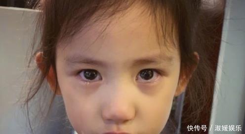 黄磊晒表情哭泣小网友表情包宠溺gif,我见犹怜,女儿太可爱了图片