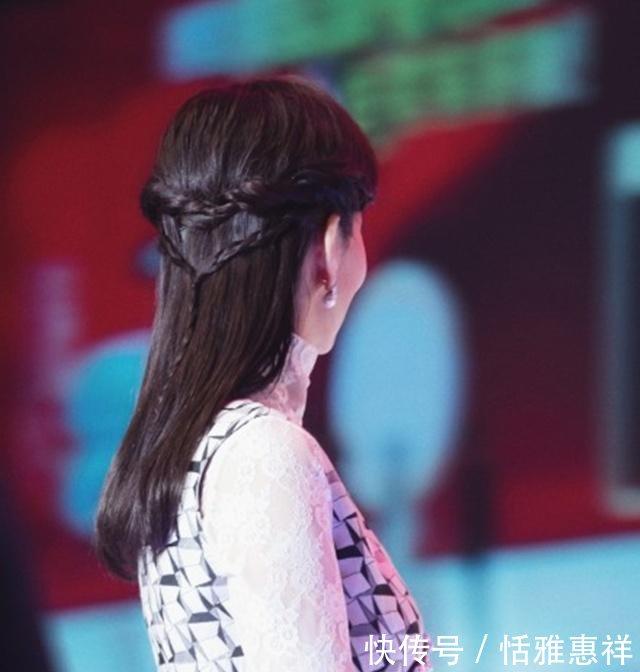 赵雅芝新年频换锁骨,扎减龄高马尾还发型,换上短发不够直发
