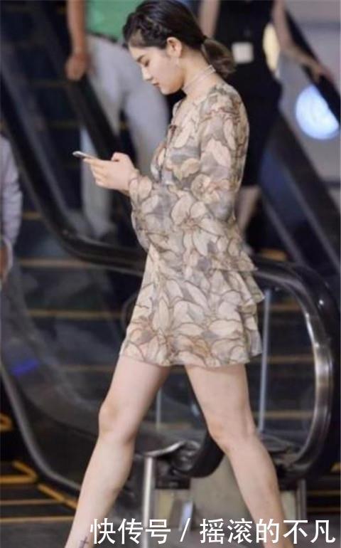 街拍:优雅洋气的小姐姐,大长腿十分亮眼,靓丽又迷人