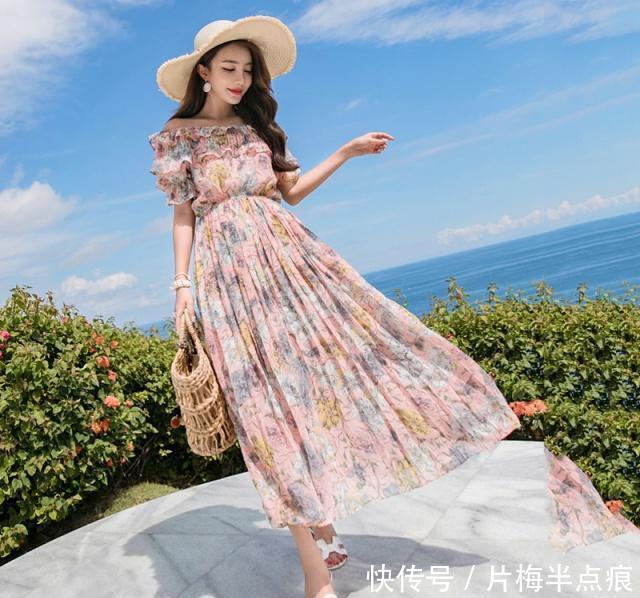 <b>夏日出门旅游穿什么衣服好看?瞧这浪漫夏日穿搭,让你时刻美美哒</b>