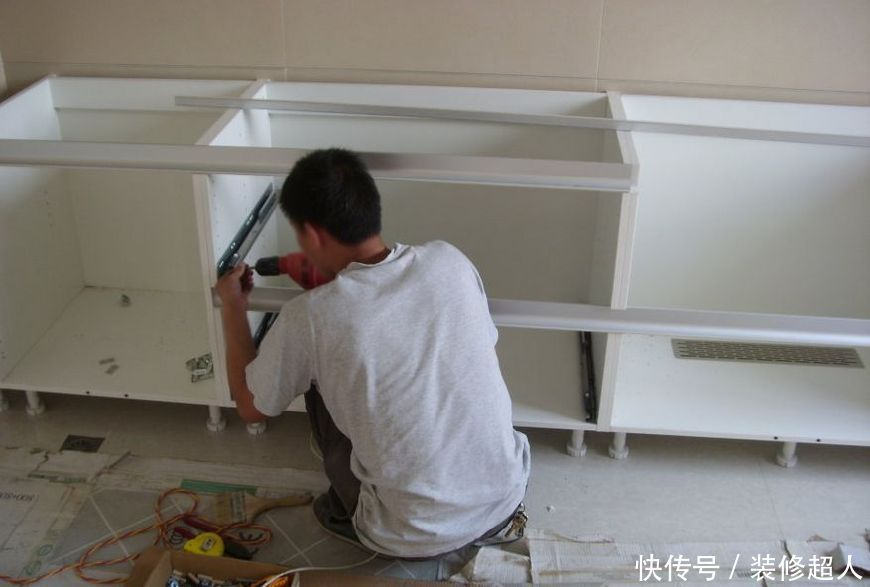 越来越多人家里这样装橱柜,太聪明了,看完想回家拆了重新装一个-家居窝
