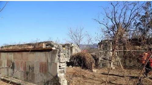 一村人守一女子墓五百年:乾隆曾想挖 - 一统江山 - 一统江山的博客