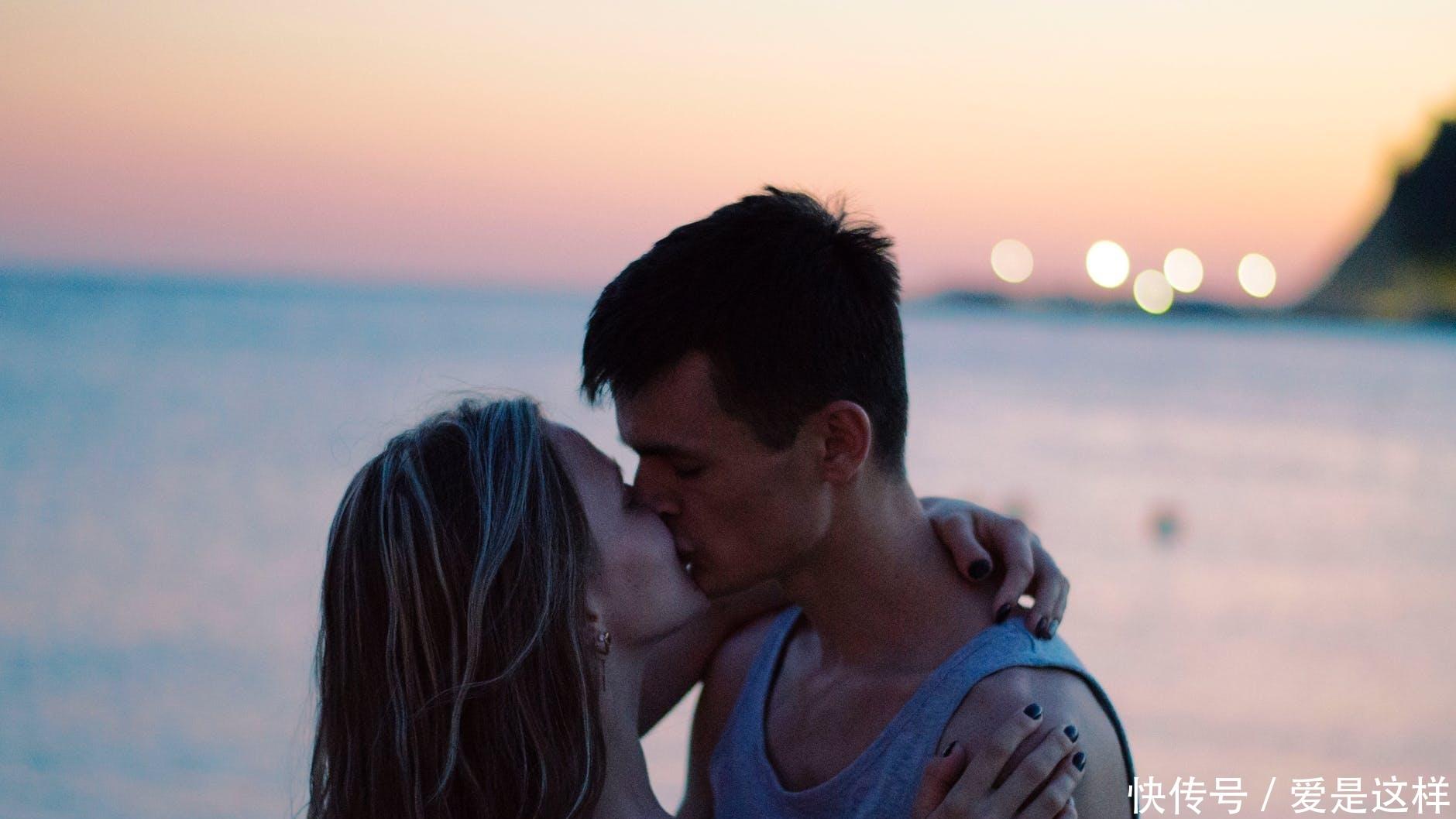 """异性之间,要达到""""心有灵犀""""的境界,往往需要懂得爱情三角理论"""