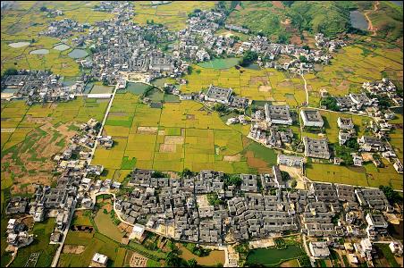 百科名片 兴井村古村落隶属于广东省河源市和平县林寨镇,其是典型的图片