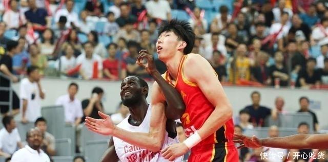 """他是中国队屡受争议的""""坏小子"""",可为什么中国男篮离不开他?"""