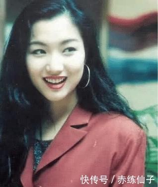 """她曾被人瞧不起,结果跟刘德华合作7次,现在开演唱会""""牛""""过王菲!"""