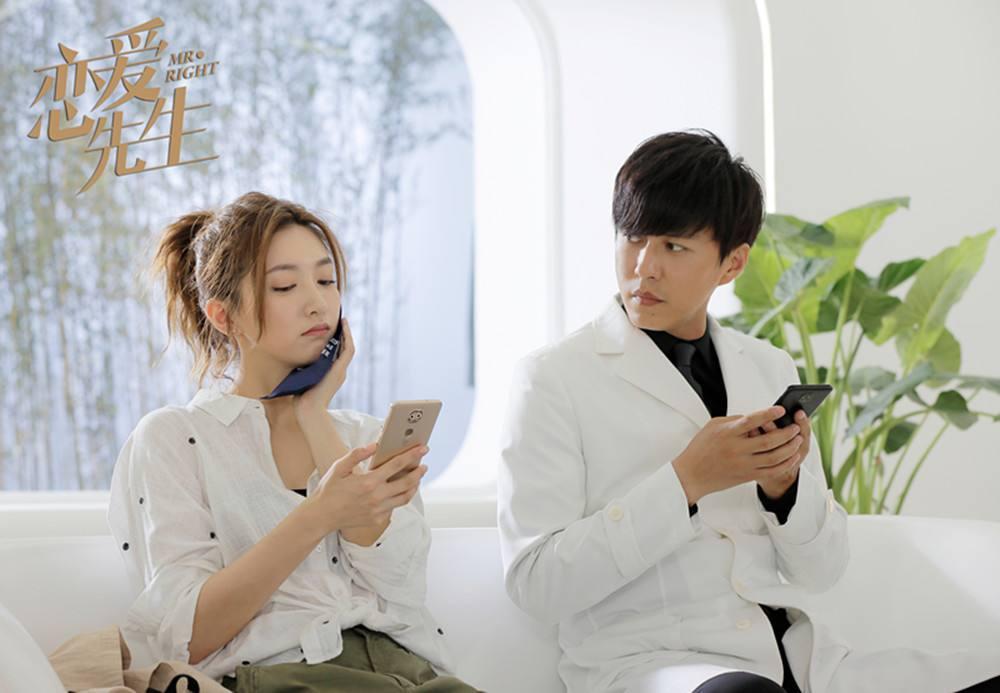 老干部靳东成为新一代的女神收割机,看看她合作过的女演员就知道了!