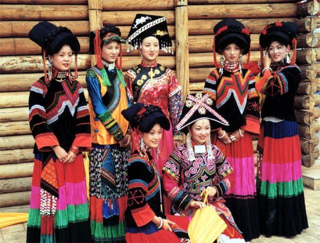 年历史,毛主席为其改族名,专家称:先祖是日本祖