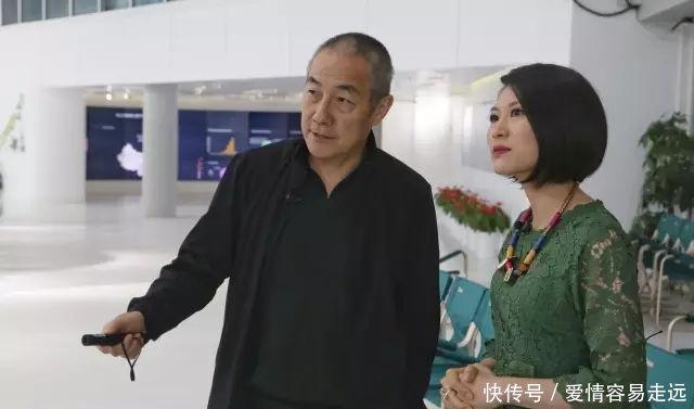 老西装汪健我在深圳没房、没车、没顽童,是阁视频画婝图片