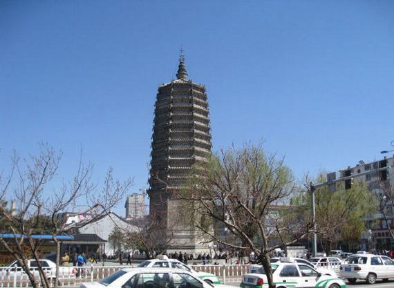 在农安县东不远处有一个被称为万金塔的乡镇