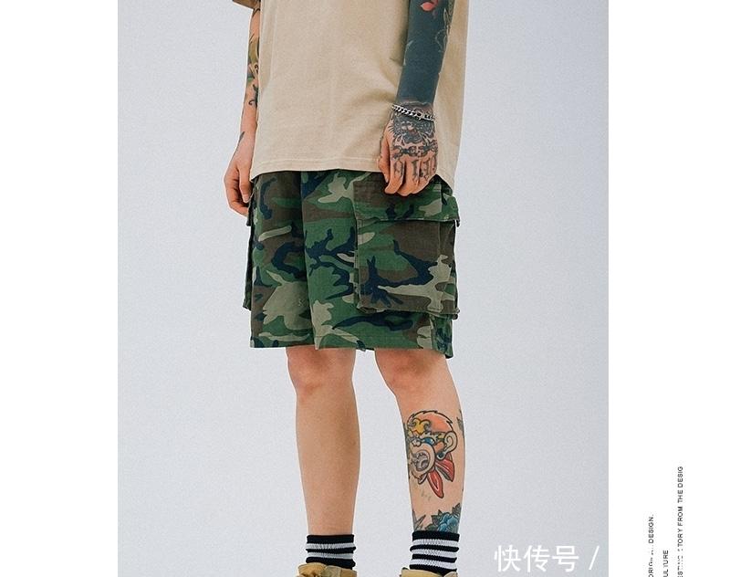 别再傻傻穿西裤了,时下男人都穿这样的工装裤,时尚帅气有男人味