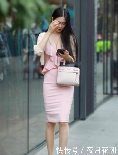 路人街拍:气质迷人的小姐姐,仙女般的气质,凸显女神的魅力